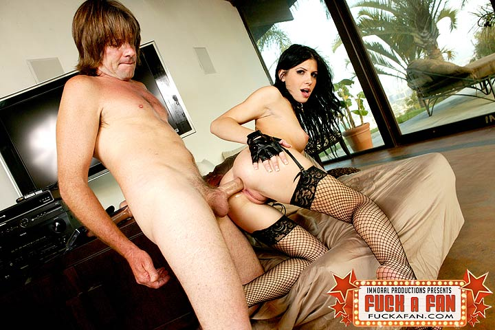 Porn Star Rebecca Linares Fucking Her Fan Dave